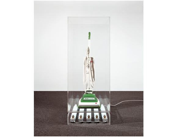 Jeff Koons, New Hoover Convertible, 1980 — Aspirateur, acrylique et tubes néon