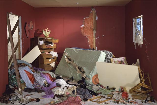 Jeff Wall, La Chambre détruite (1978)