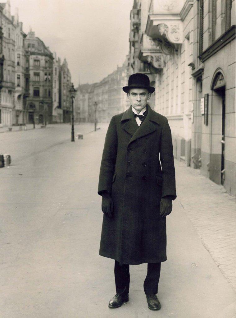 vintage_ar_1927_von_august_sander_ret_bearbeitet-3