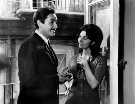 Vittorio Gassman, Sophia Loren, Fantômes à l'italienne