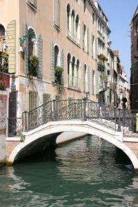venise-canaux-ponts-gondoles_1736