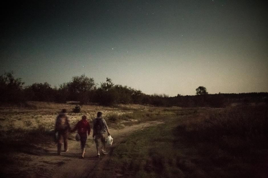 © Niels Ackermann, Zhenya, Yulia and Fedya on their way back to slavutych