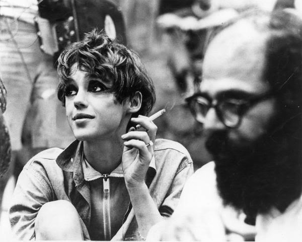 Edie Sedgwick et Allen Ginsberg (DR)