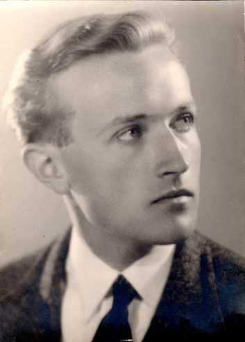 Claude Ollier (DR)
