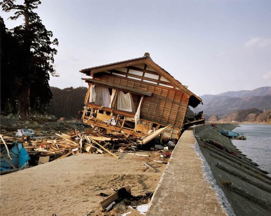 19 mars 2011. Kesenchô-Imaizumi-Aramachi © Naoya Hatakeyama